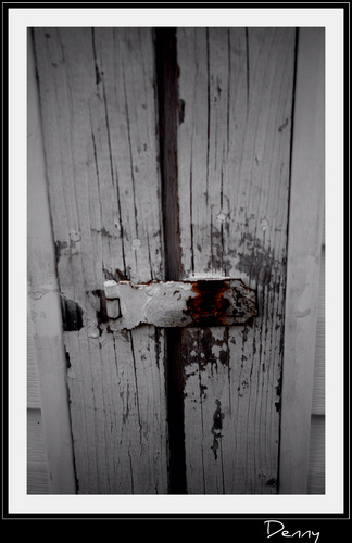 Cartoon: Barn Door (medium) by Krinisty tagged barn,door,yard,lock,key,wood,art,photography,krinisty,white,paint,chipped,weather,happy