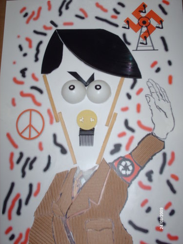 Cartoon: Hitler Recycle (medium) by Rick FC tagged hitler,lixo,recycle,caricatura